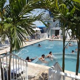 Spray beach inn 28 foto raf amp 25 yorum oteller 200 east 24th st