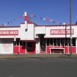 Second Chance Secondhand 12 Photos Thrift Stores 1307 Hewitt Ave Everett Wa Phone