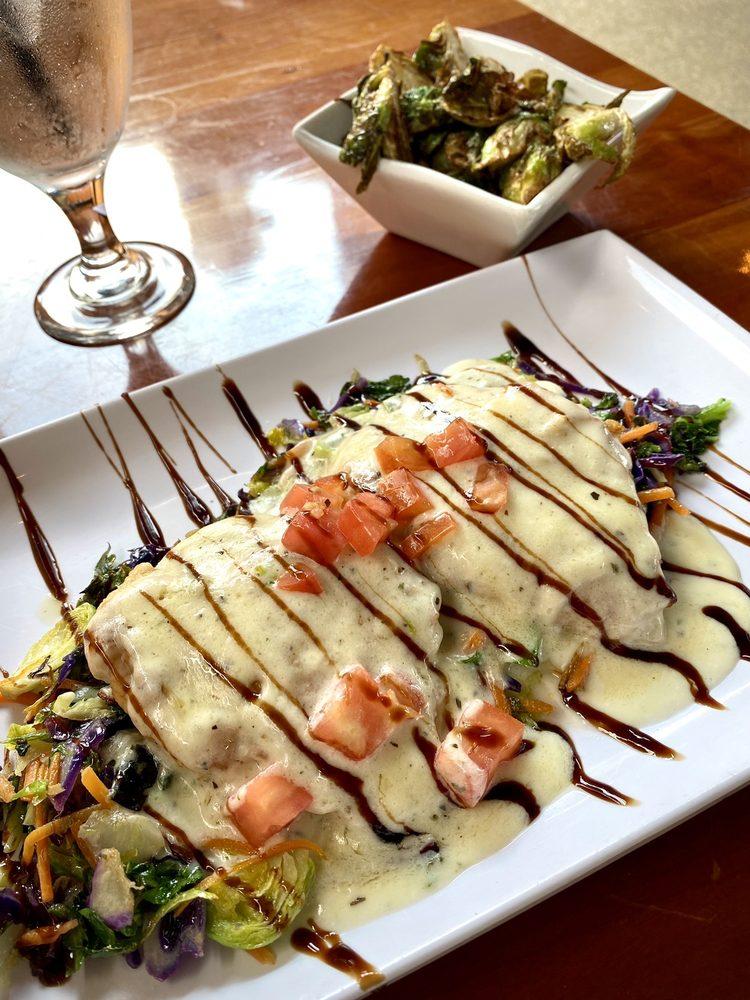 Rachel's Bar & Grill: 754 N Van Dyke Rd, Bad Axe, MI
