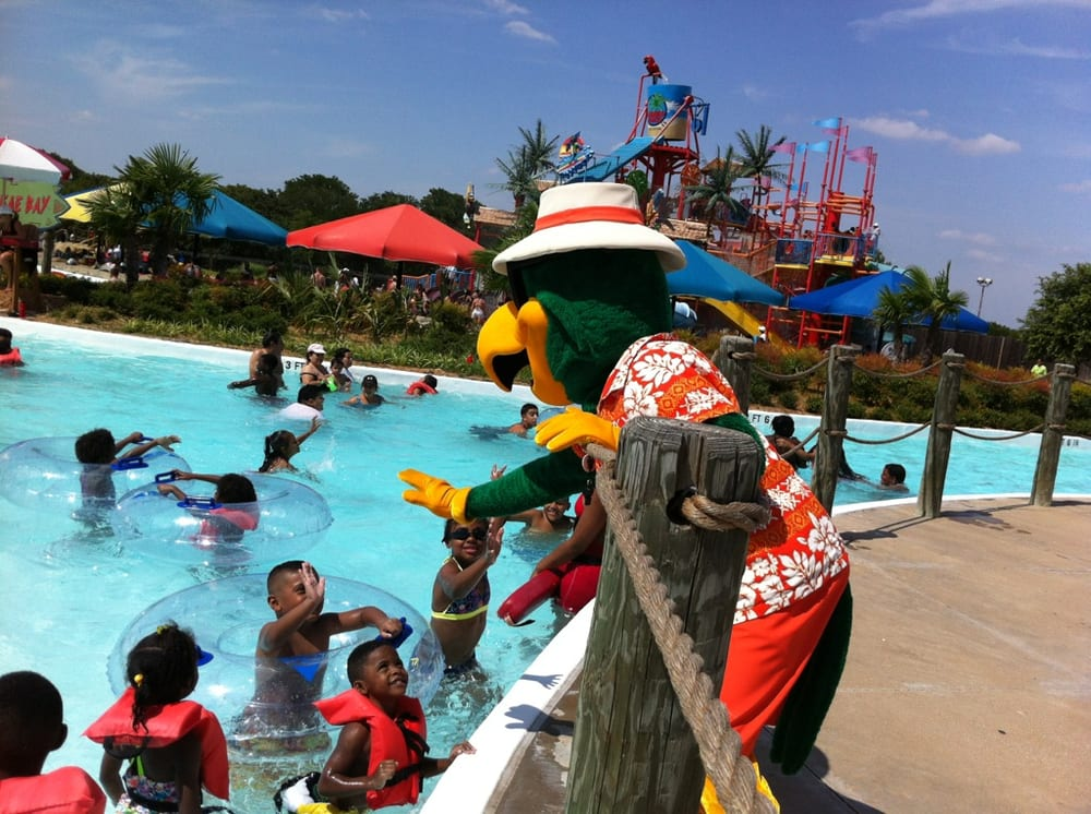Photo Of Bahama Beach Waterpark Dallas Tx United States Paco And Friends