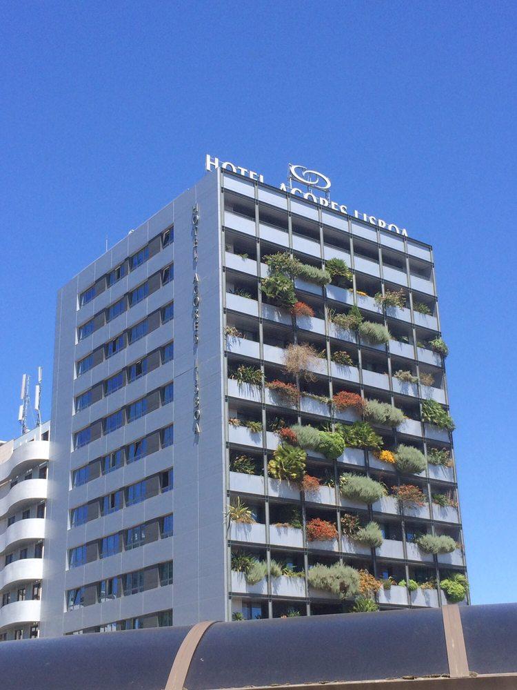 Hotel a ores h tels avenida columbano bordalo pinheiro for Hotel numero 3