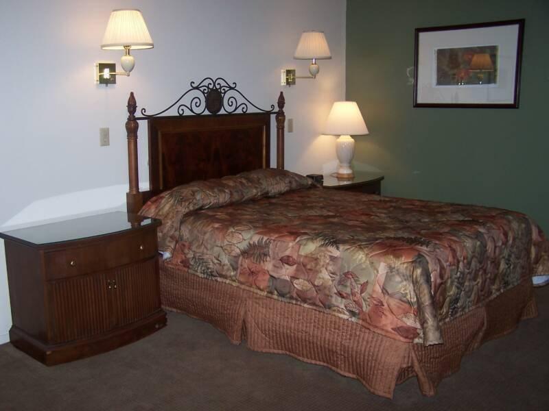 Clover Creek Inn: 243 N 4th St, Montpelier, ID