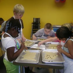 Cake Decorating Classes Fredericksburg Va : Young Chefs Academy - CLOSED - Cooking Schools - 125 Olde ...