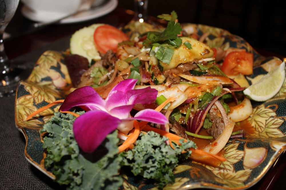 Lanna Thai: 1605 County Road 220, Fleming Island, FL