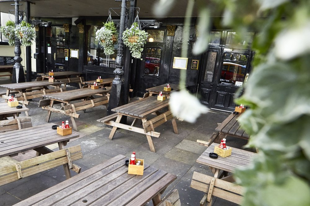 The swan 77 foto 39 s 76 reviews kroegen 66 bayswater for The bayswater