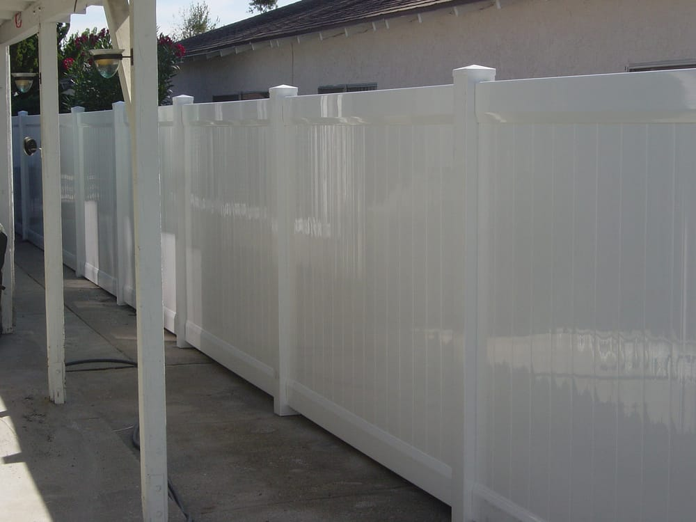Standard 6 Foot High Full Privacy Vinyl Fence Yelp