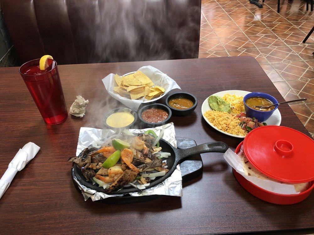 La Hacienda Mexican Grill: 129 W Main St, Italy, TX