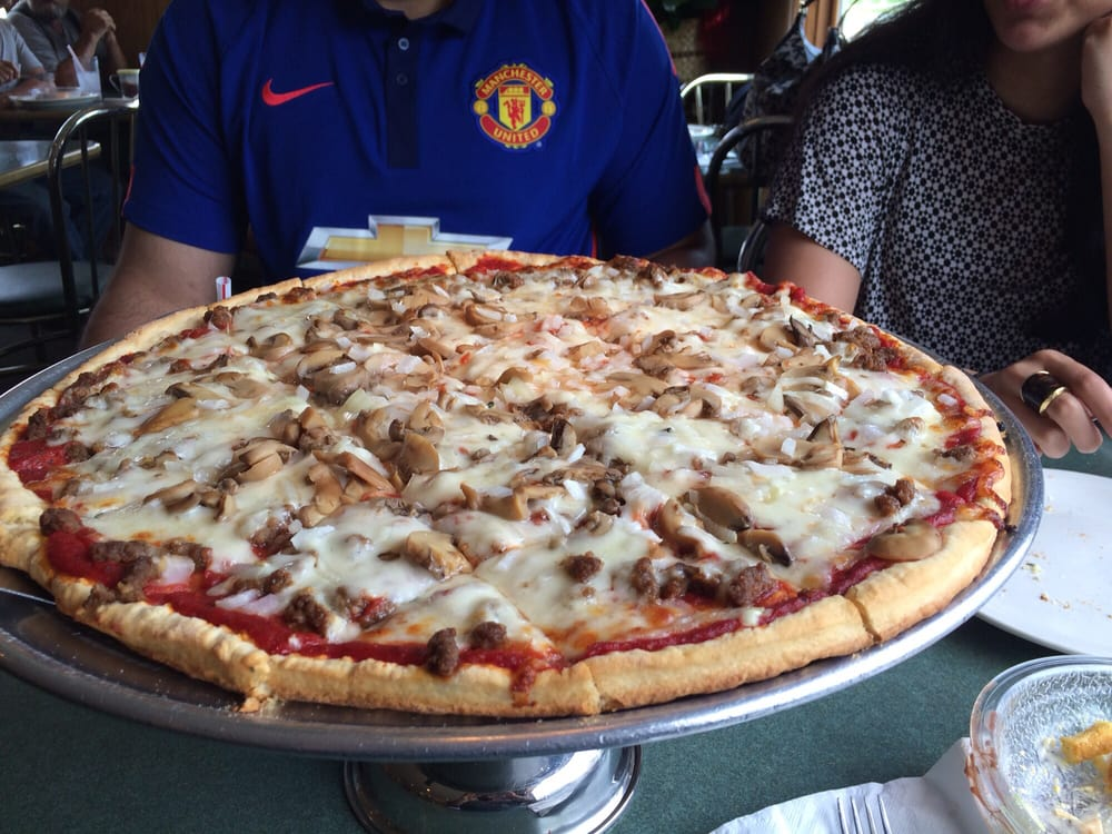 Dicarlo s pizza 21 reviews pizza 330 n springfield for T s dining virden