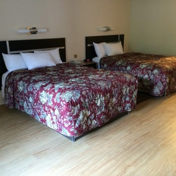 Photo Of Red Roof Inn   Gatlinburg, TN, United States. Huge Room W