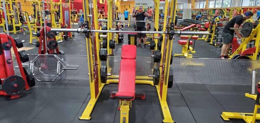 Retro Fitness: 10410 Roosevelt Blvd N, Saint Petersburg, FL
