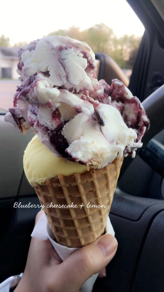 Sweetsies Eats and Treats: 14911 National Pike, Clear Spring, MD