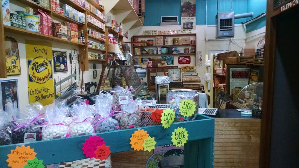 Cyndis Sweet Shoppe: 146 Laurens St SW, Aiken, SC