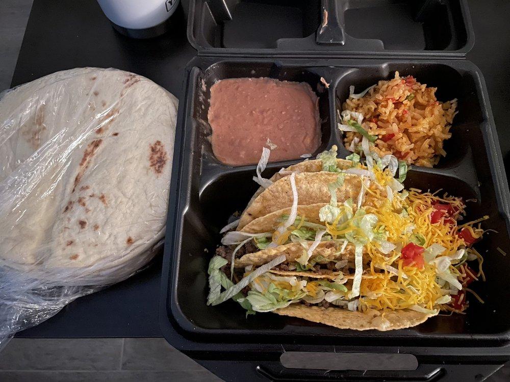 Rosa's Café & Tortilla Factory: 11911 US Hwy 380, Cross Roads, TX