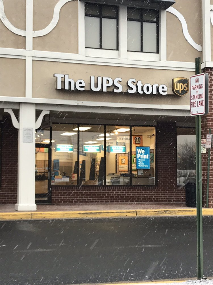 The UPS Store: 2465 J-17 Centreville Rd, Herndon, VA
