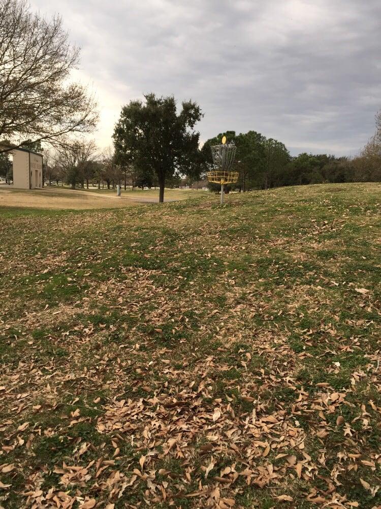 Lafreniere Park Disc Golf Course