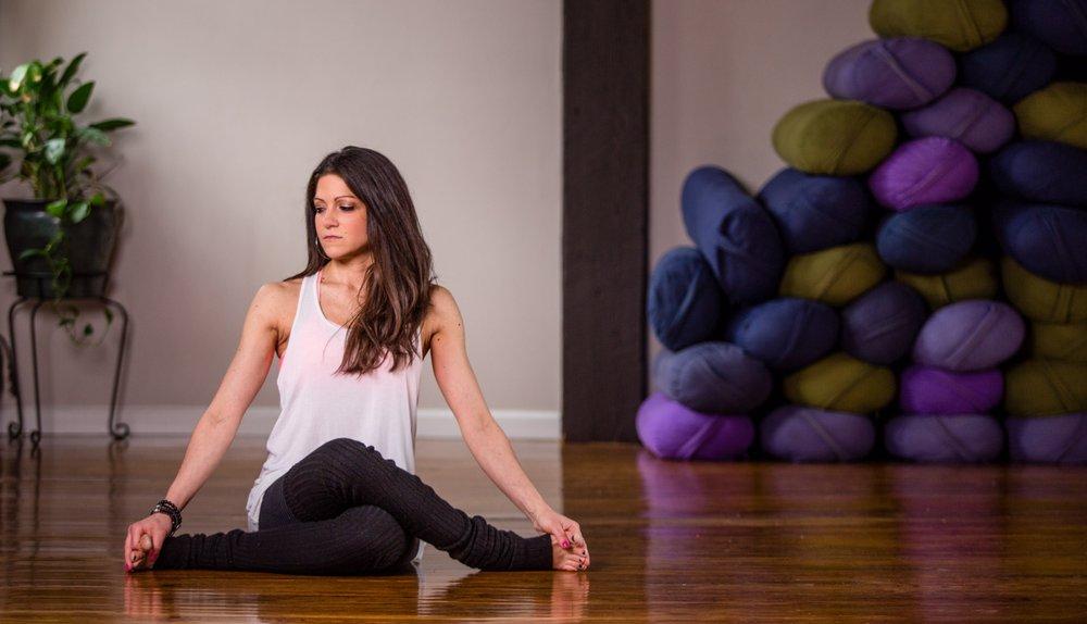 Alluem Yoga: 347 Lincoln Ave E, Cranford, NJ