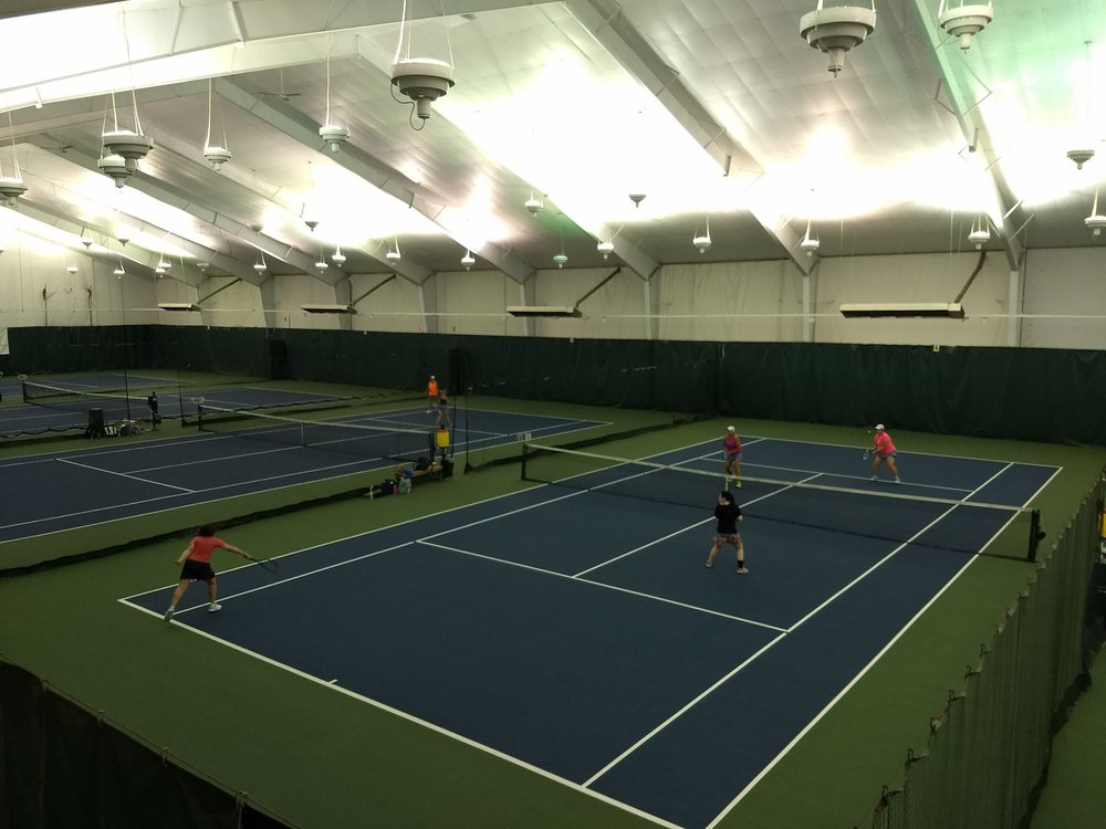 Western Racquet & Fitness Club: 2500 S Ashland Ave, Green Bay, WI
