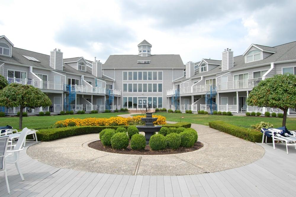 Culver Cove Lakeside Condominiums: 319 E Jefferson St, Culver, IN