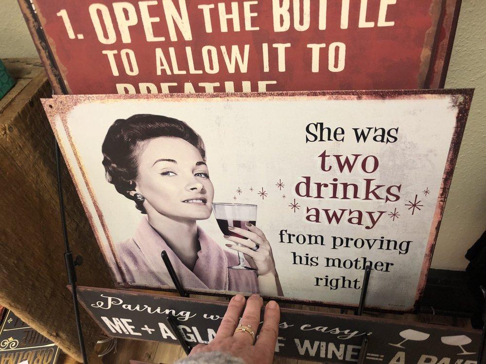 Massbach Ridge Winery: 117 N Main St, Galena, IL