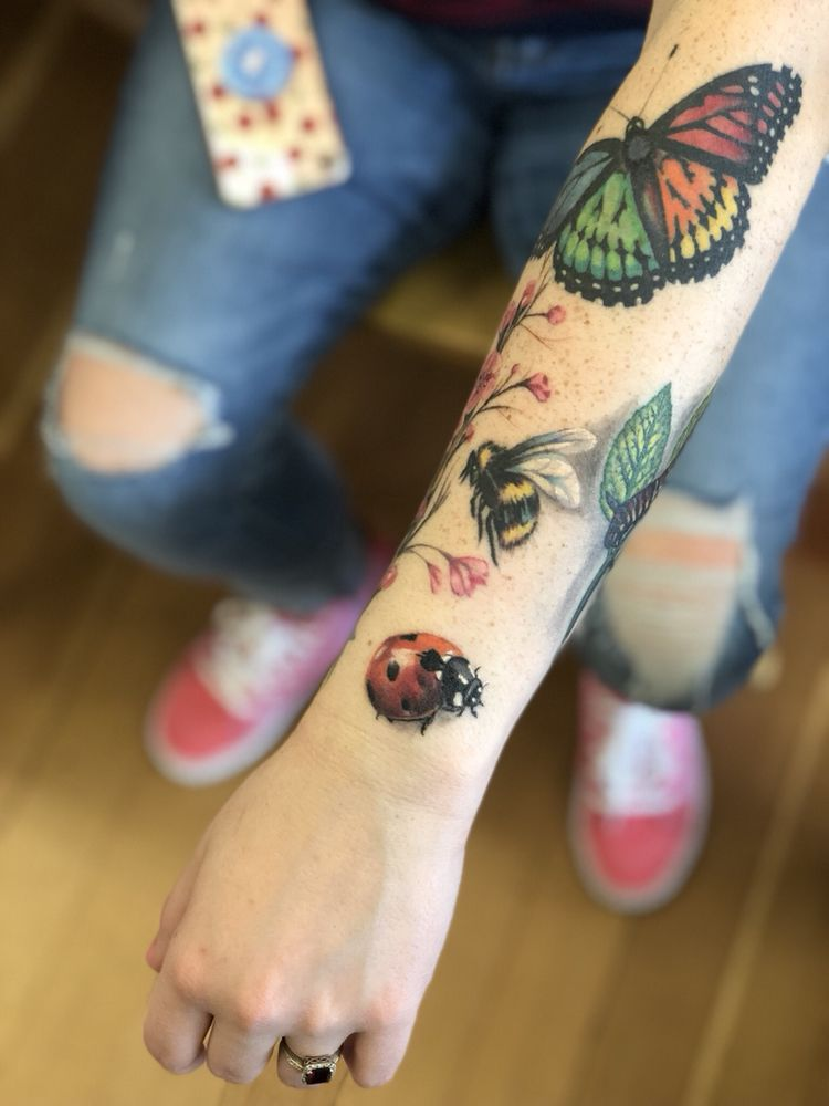 Tattoo Nouvelle: 1037 Hwy 99 N, Cottage Grove, OR