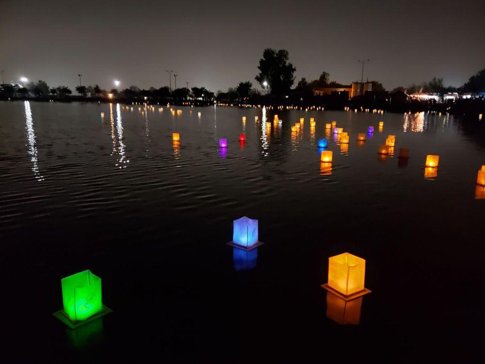 1000 Lights Water Lantern Festival