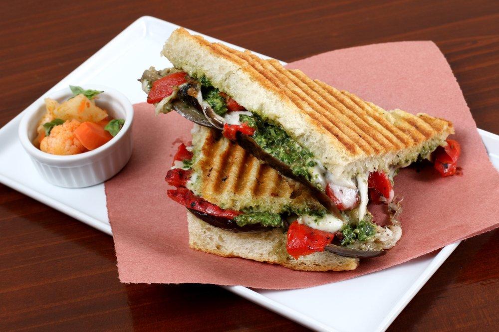Crosta Panini Bar: 2049 San Pablo Ave, Berkeley, CA