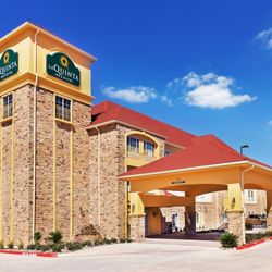 Photo Of La Quinta Inn Suites Floresville Tx United States