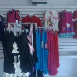 9ff78520d Vicky Form - Ropa femenina - Av. Uxmal Mz1 Lt 19 Local 2 ...