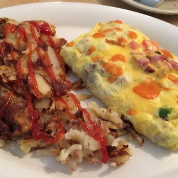 Photo Of Falls Family Restaurant Olmsted Oh United States Goody Omelet