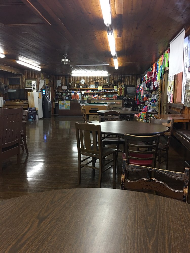 Black River Lodge: 1385 County Road 342, Lesterville, MO