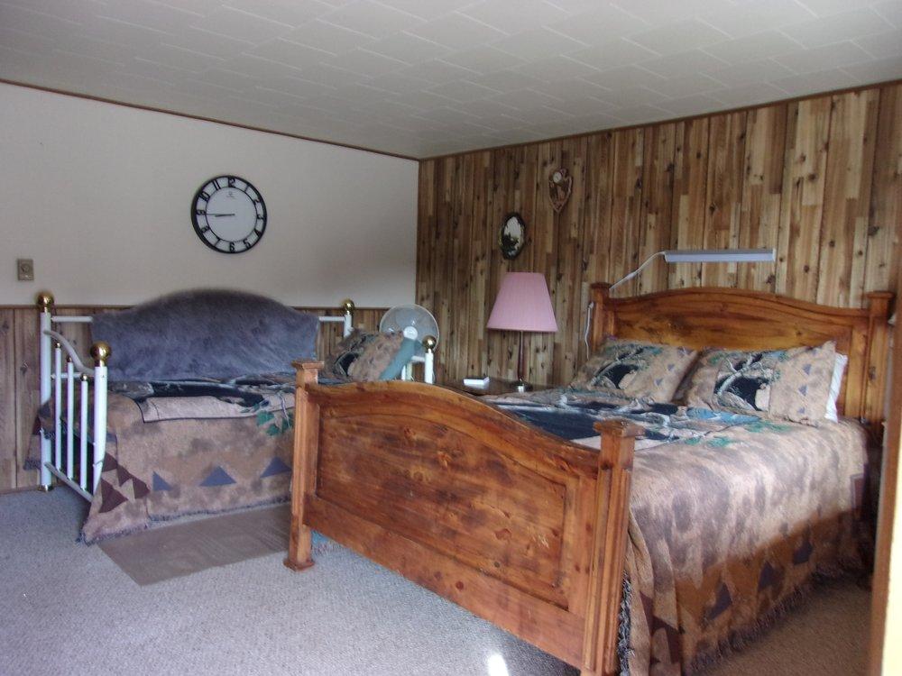 Black Bear RV Park & Resort: 7528 US Hwy 50, Howard, CO