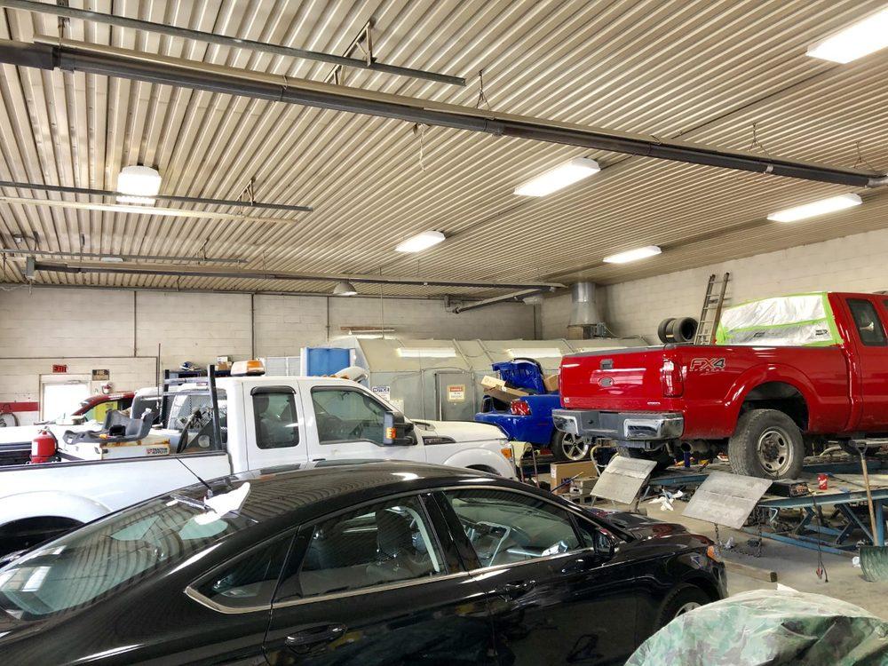 Joe Walter Auto: 889 E Robinson St, North Tonawanda, NY