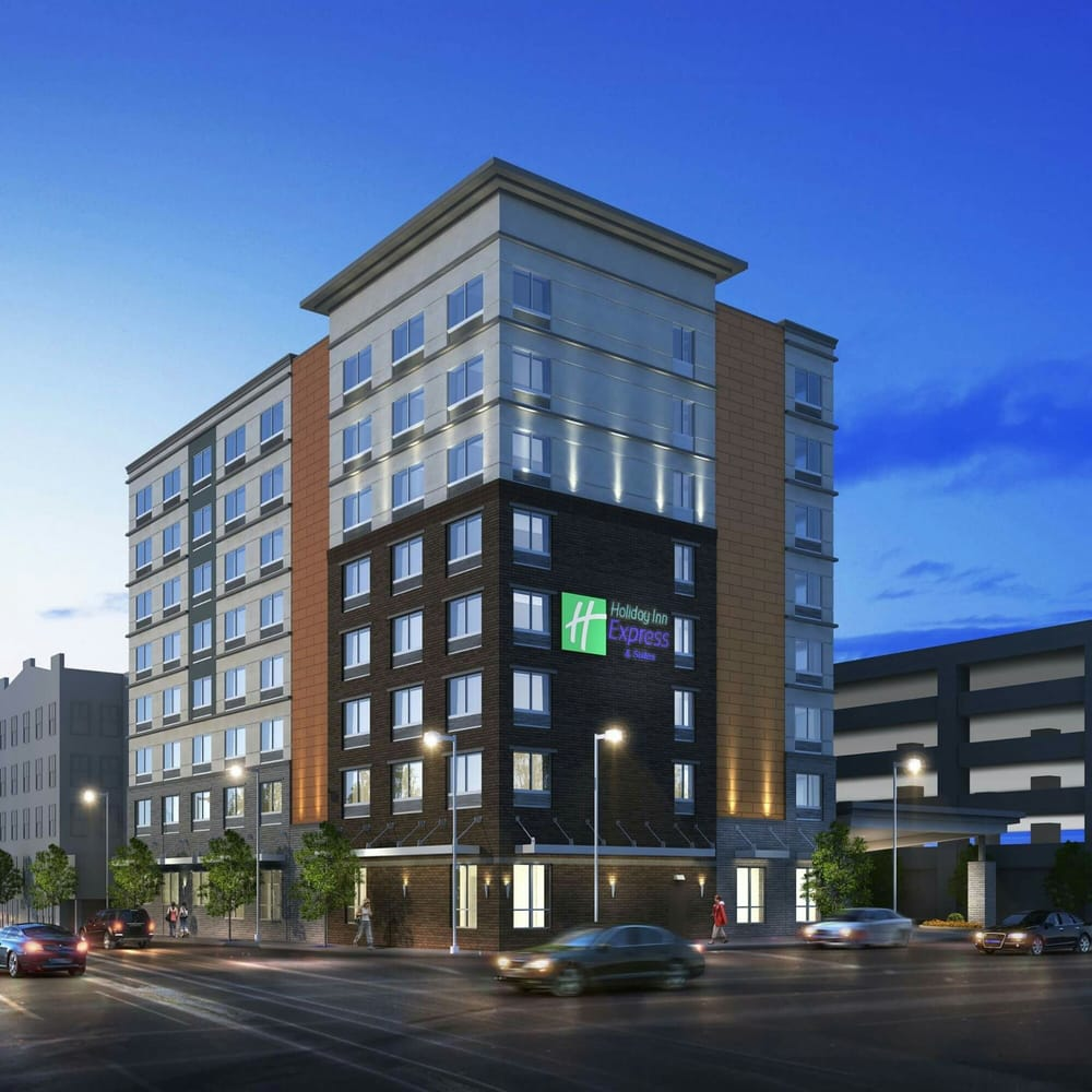 Photos for holiday inn express suites louisville for Select motors evansville in