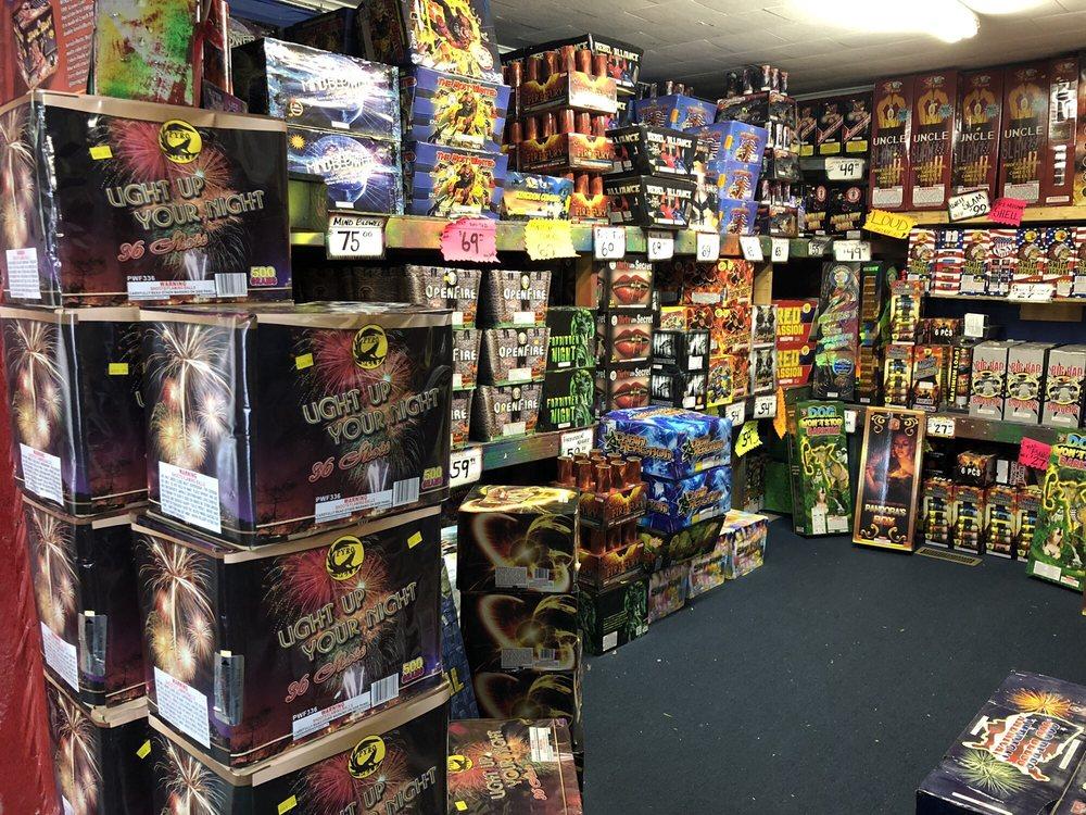 House of Fireworks: 412 Joliet St, Dyer, IN