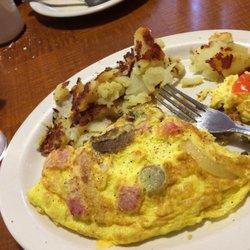 Photo Of Luna S Deli Restaurant Northfield Oh United States