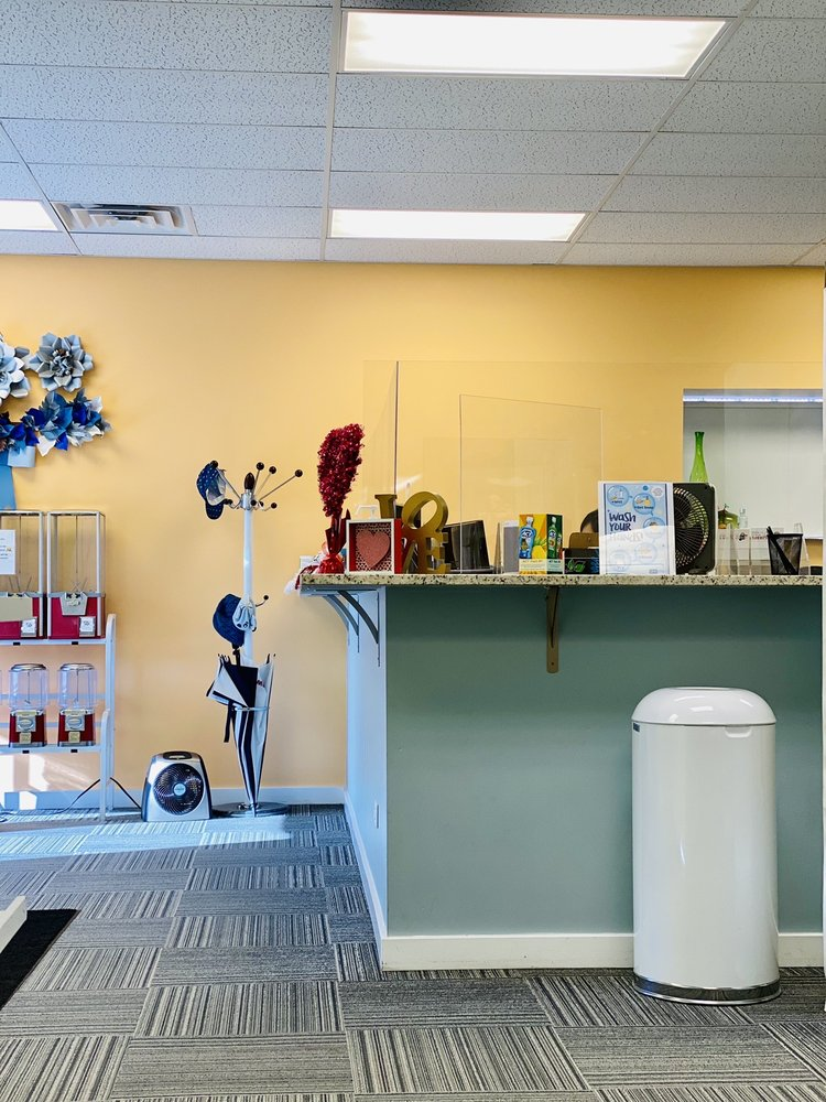 Children's Dental World: 5826 Dempster St, Morton Grove, IL