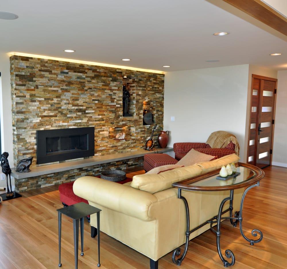 Shorewood Hardwood Flooring: 26463 Marine View Dr S, Des Moines, WA