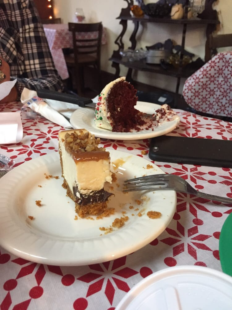 Oldway Cafe & Antiques: 100 Court Sq, Barbourville, KY