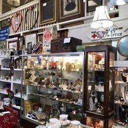 antique stores santa rosa Whistlestop Antiques   53 Photos & 26 Reviews   Antiques   130 4th  antique stores santa rosa