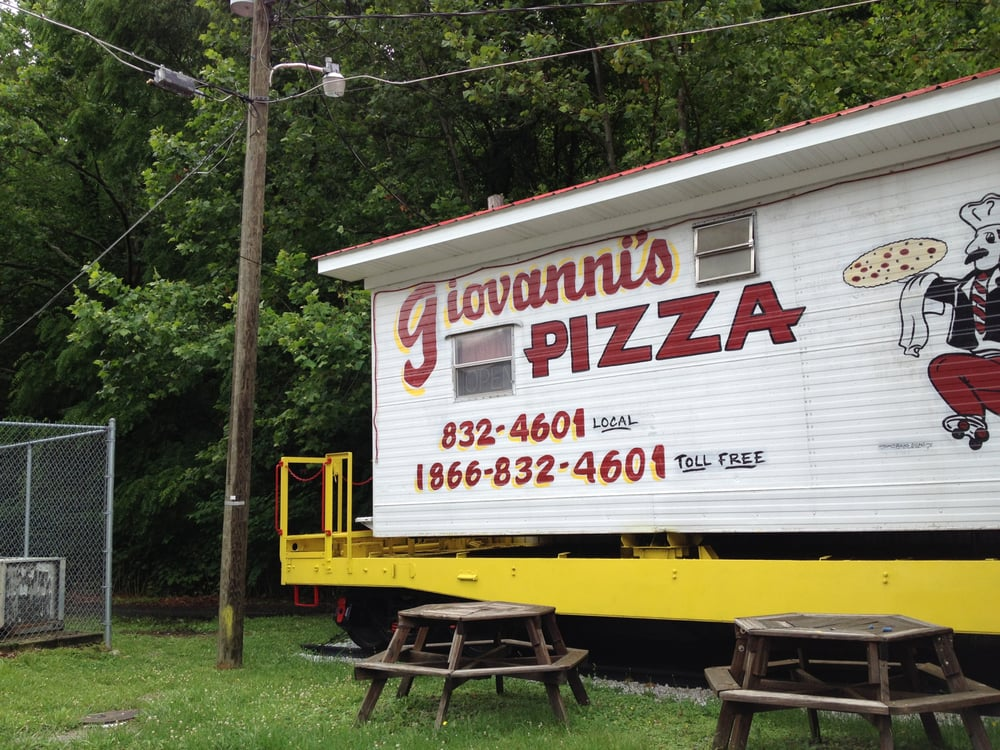 Giovanni's Pizza: 9501 Hwy 805, Jenkins, KY