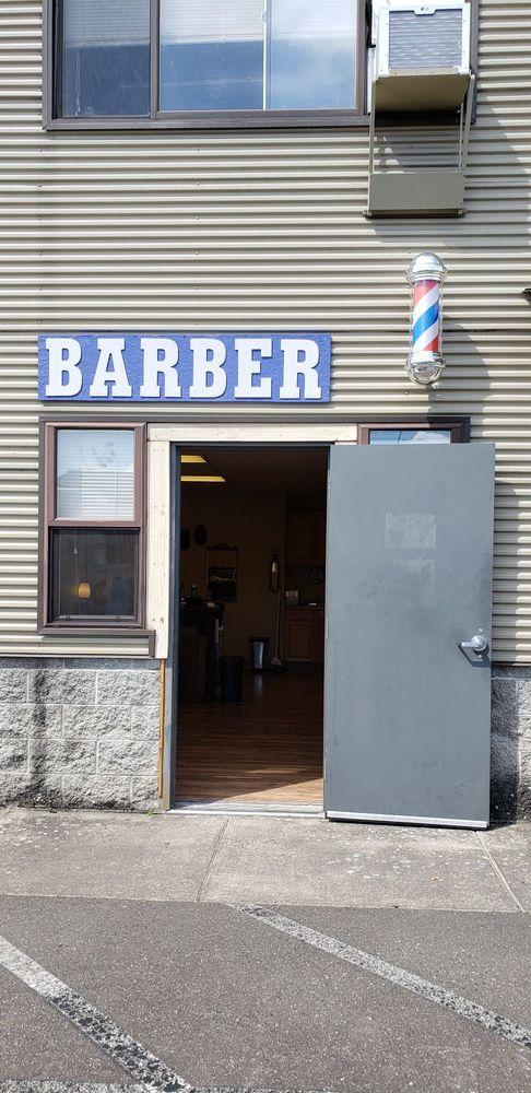 The E Street Barber: 2109 Queen St, Bellingham, WA