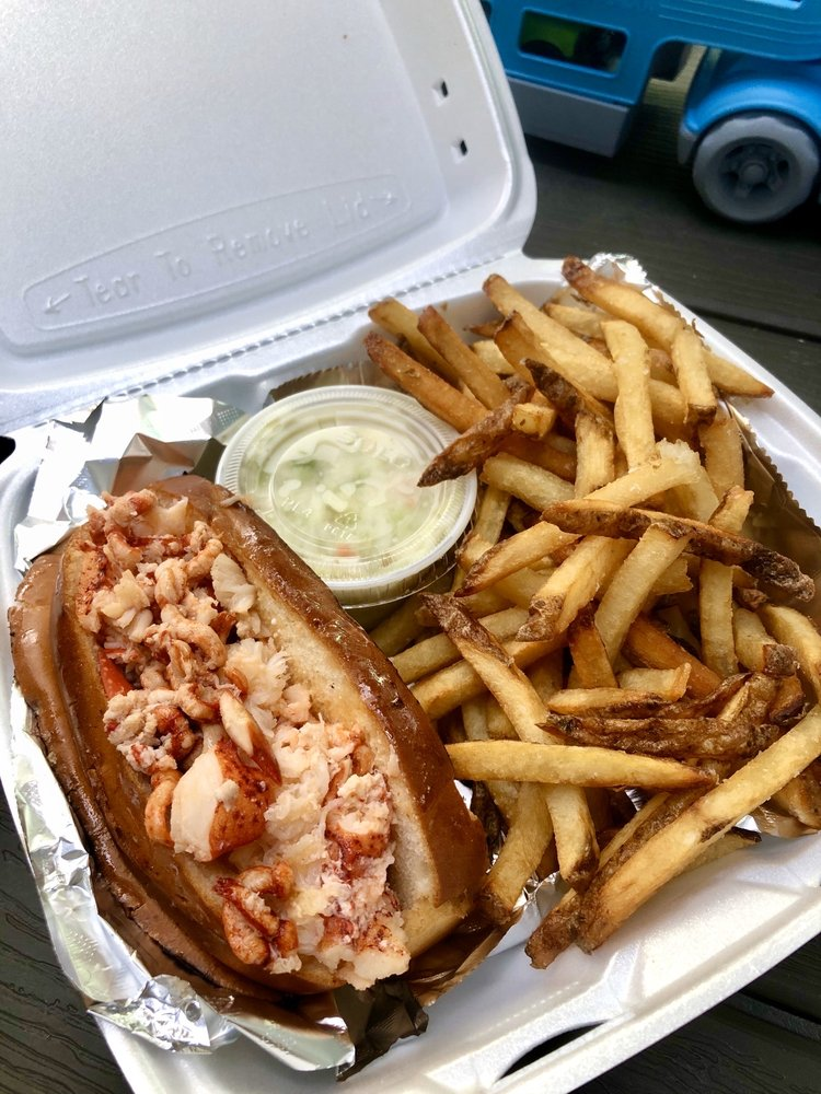 DB's Seafood: 100 Garfield Pkwy, Bethany Beach, DE