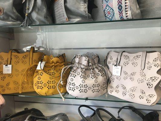 luxe remise pour vente vente usa en ligne Maëlly - Leather Goods - Place Jean Jaurès, Istres, Bouches ...
