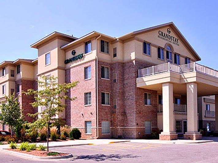 GrandStay Hotel & Suites - La Crosse