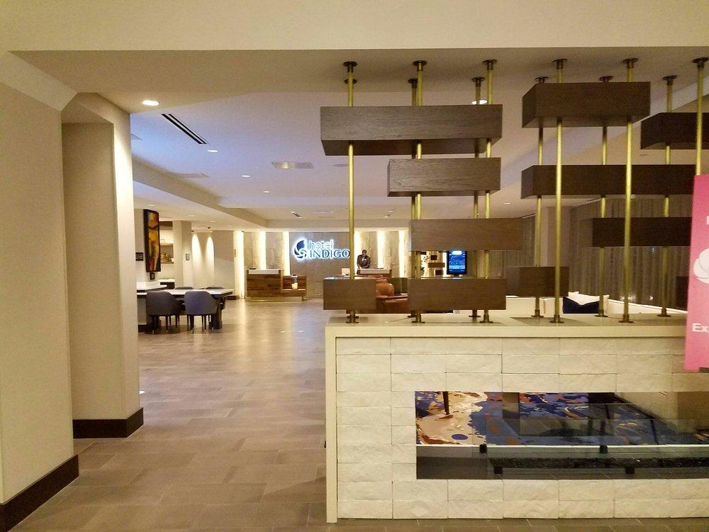 Hotel Indigo Naperville >> Photos For Hotel Indigo Naperville Riverwalk Yelp