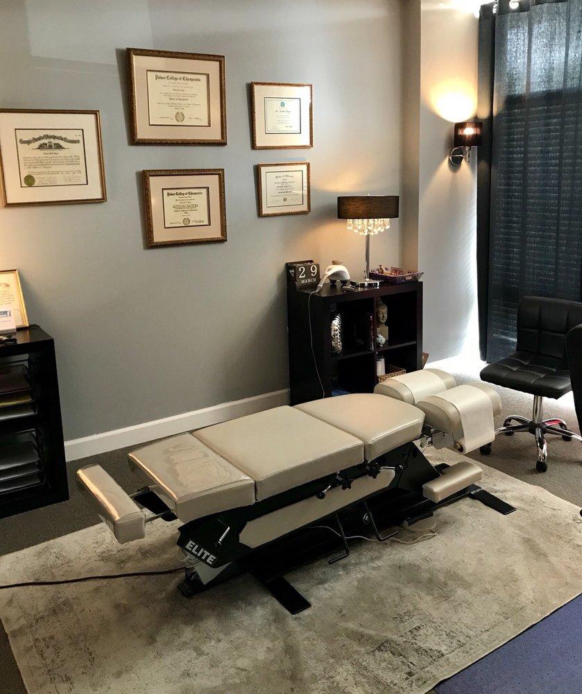 Senoia Chiropractic: 83 Barnes St, Senoia, GA