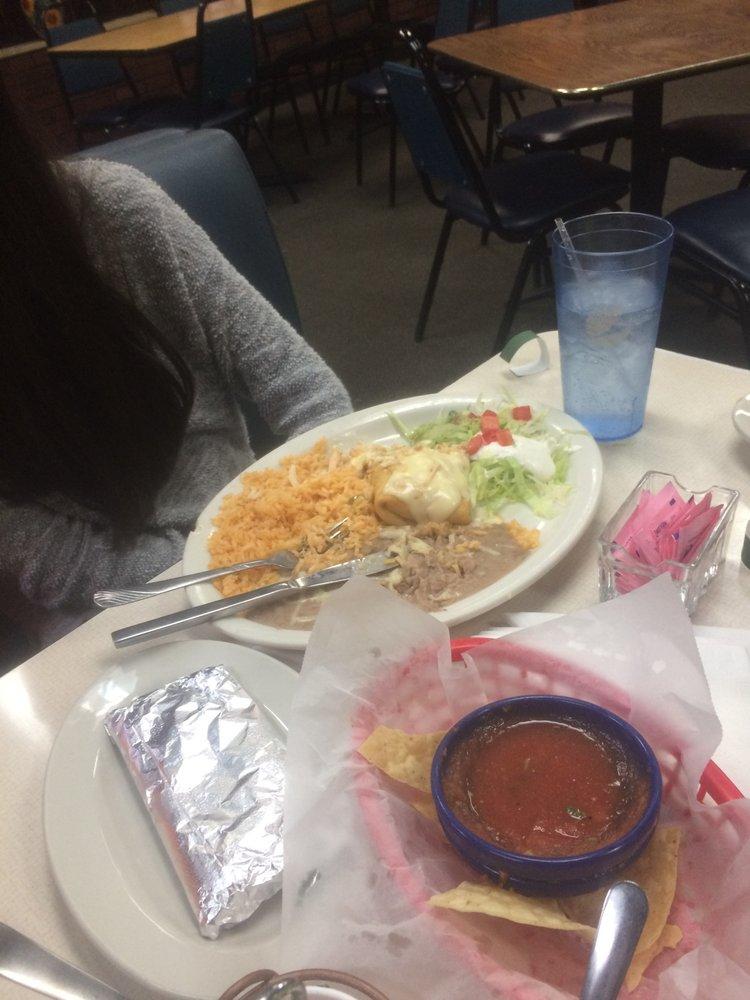 El Mariachi Mexican Restaurant: 1675 Hwy 31 N, Prattville, AL