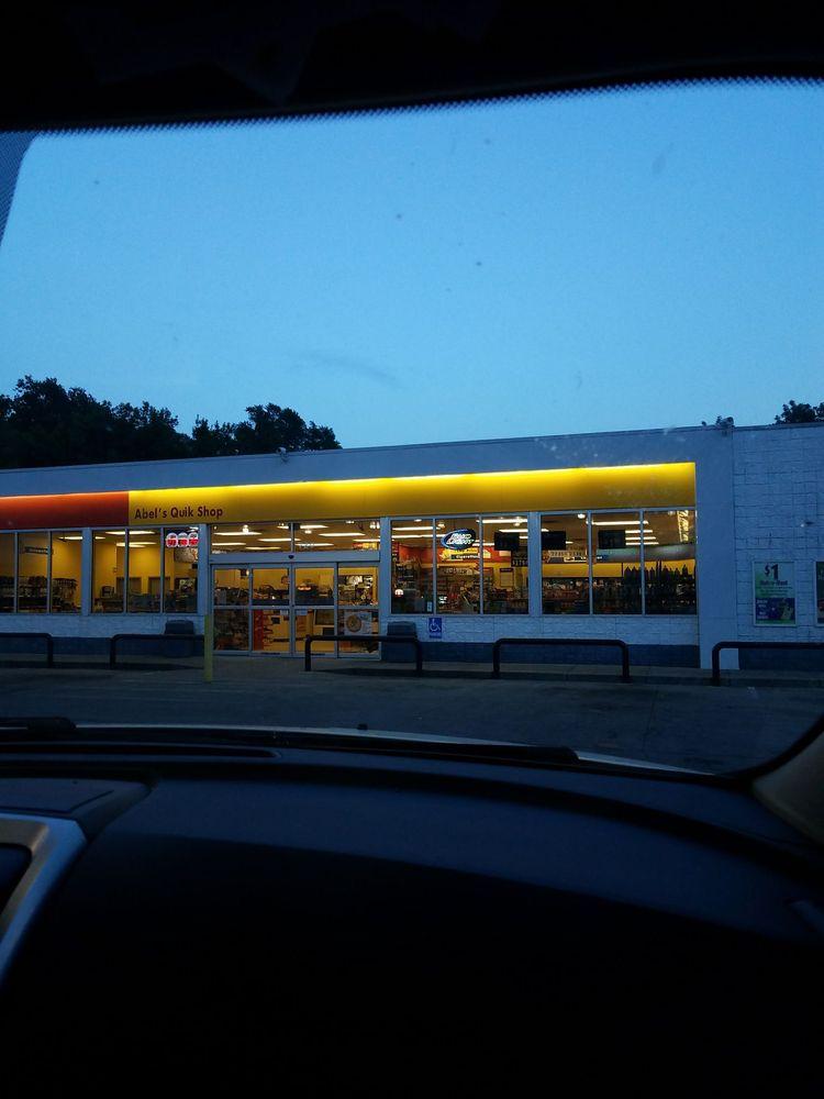 Abel's Quik Shop: 720 N 3rd St, Louisiana, MO