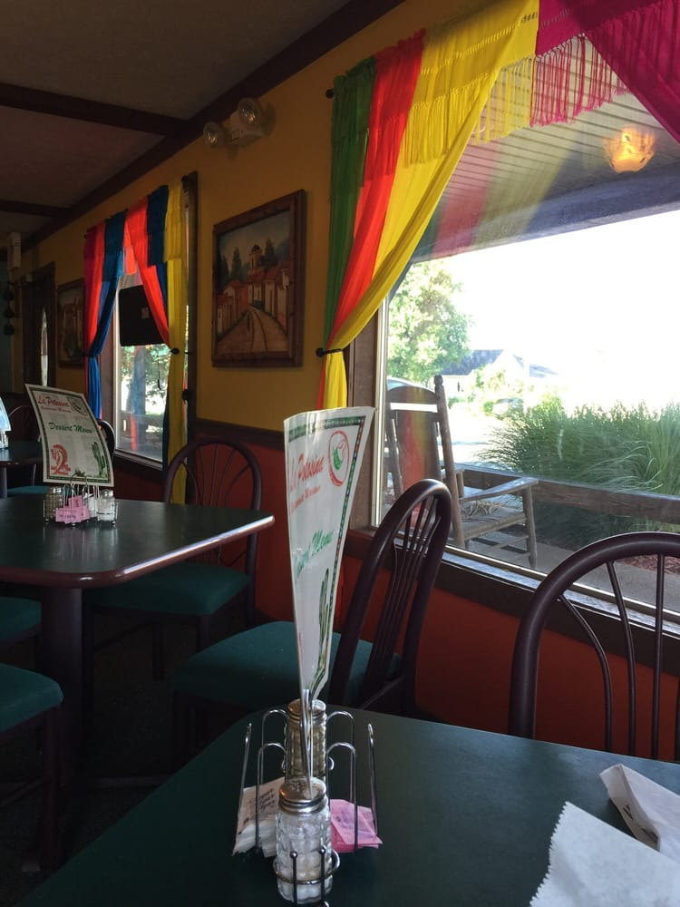 Lapotosina Restaurant: 113 N Maple St, Marion, KY