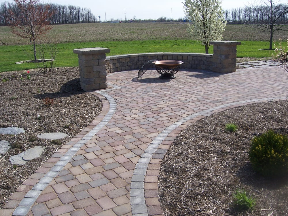Kah Nursery & Garden Center: 17447 Pasco Montra Rd, Botkins, OH